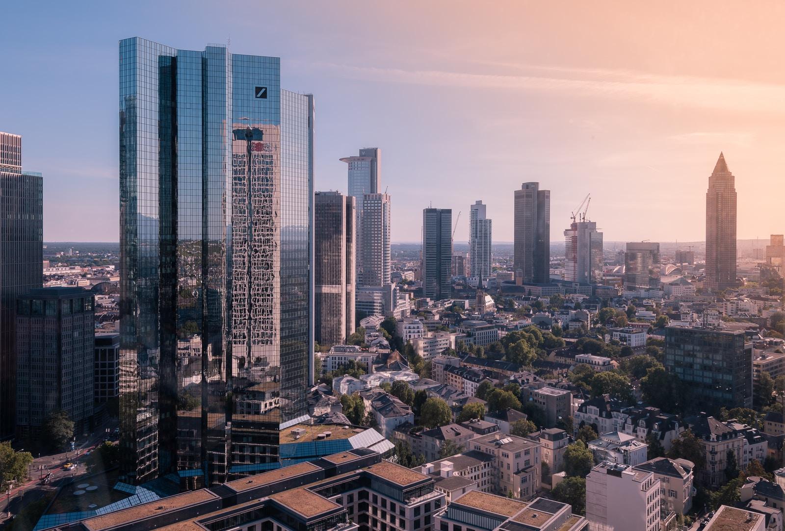 How Deutsche Bank Used Design Thinking @ Deutsche Bank